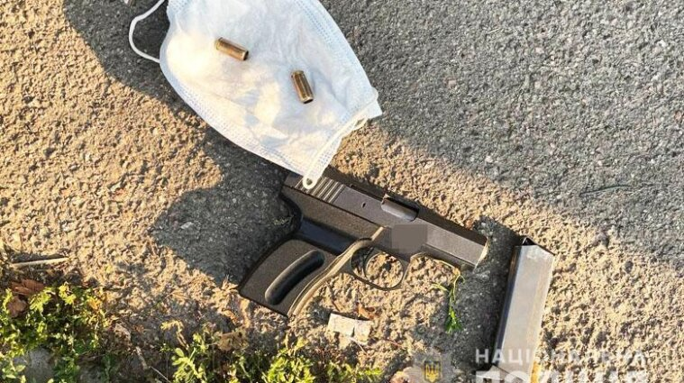 В Киеве 51-летний подвыпивший мужчина устроил стрельбу