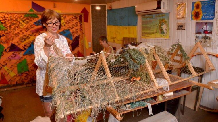 Зеленський привітав українських волонтерів з їхнім святом