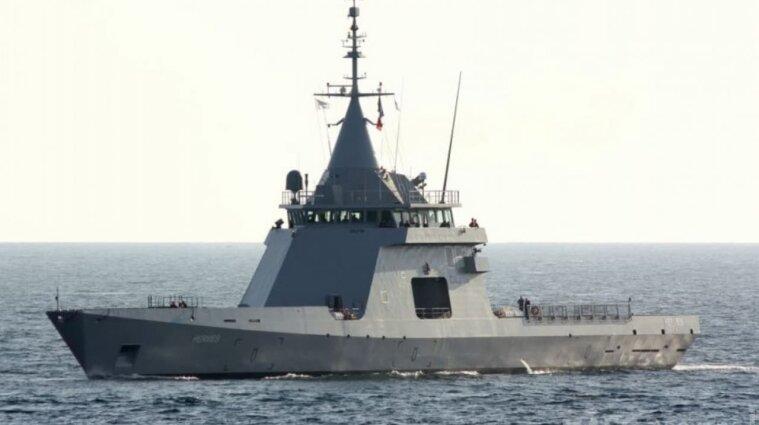 Біля українського узбережжя помітили російський корабель