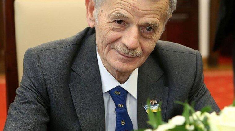 Джемілєву продовжили заборону на в'їзд до Криму до 2034 року