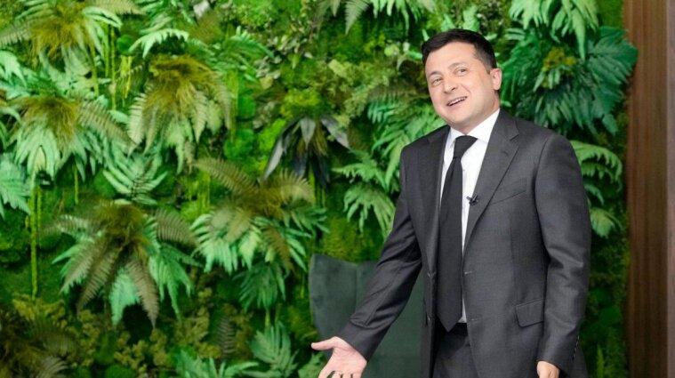 Нагадує джунглі: соцмережі про ремонт в Офісі президента (фото)