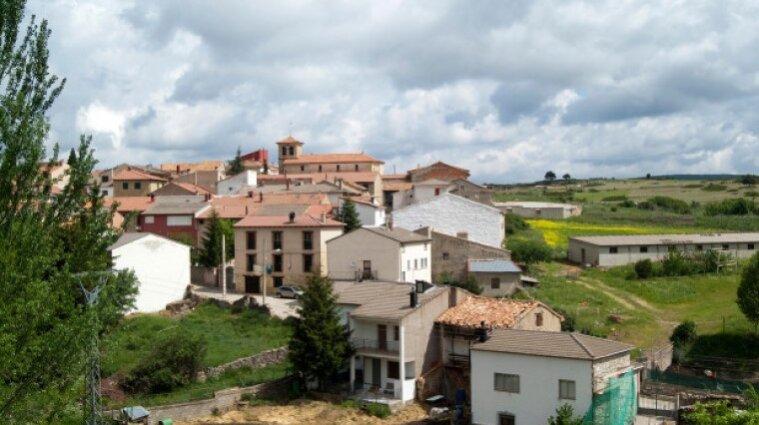 Влада Іспанії пропонує людям з усього світу безплатне житло і роботу: які умови