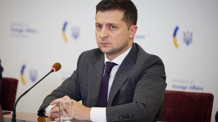 """Українці назвали Зеленського головним """"невдахою року"""""""