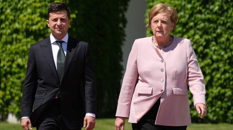Меркель запросила Зеленського на прощальну вечерю