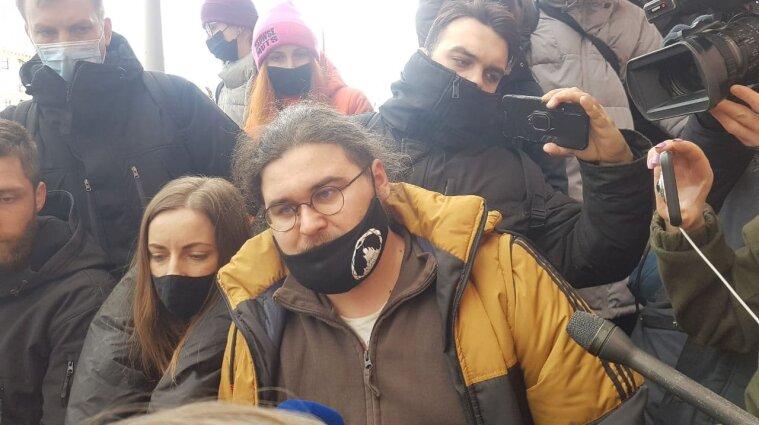 Підозрюваний у хуліганстві під ОП Сорд сидітиме під домашнім арештом (фото)