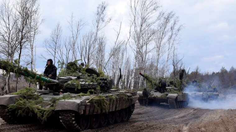 На Донбасі бойовики поранили двох українських воїнів та цивільного