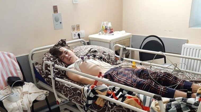 В Днепре подросток упал в кому: у него диагностировали инсульт