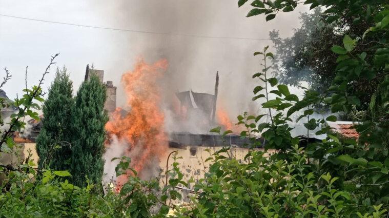 Боевики с утра обстреливают Авдеевку: движение поездов в Донецкой области временно ограничено