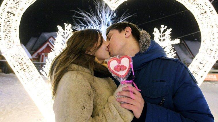 У Мін`юсті розповіли, скільки закоханих одружаться 14 лютого