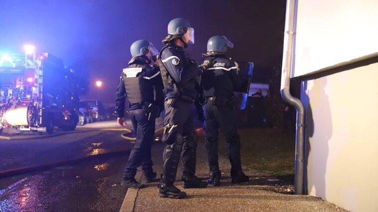 Сімейний конфлікт у Франції закінчився потрійним вбивством