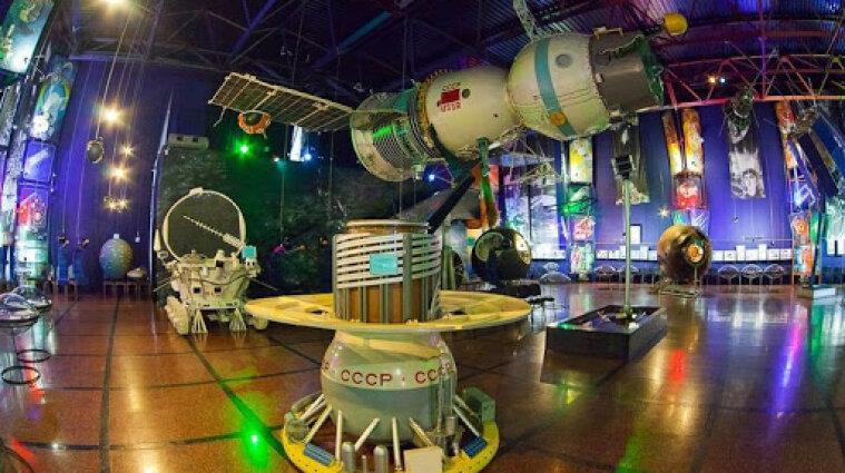 Зеленский пригласил Маска посетить музей космонавтики