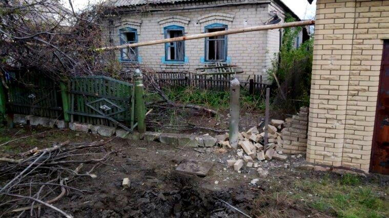 Окупанти обстріляли населений пункт в Донецькій області - фото