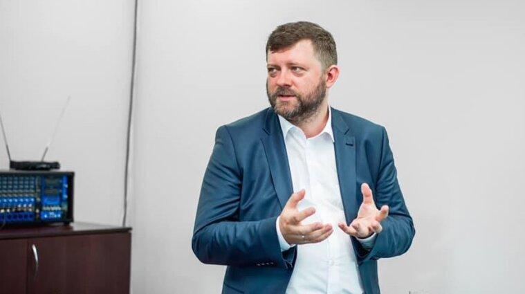 """Корниенко объяснил частые скандалы со """"слугами"""" в партии"""
