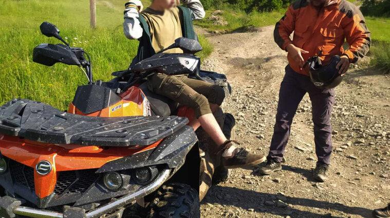 Змія вкусила туриста у Закарпатській області