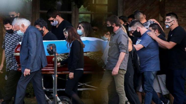 Суд заборонив кремацію аргентинського футболіста Марадони