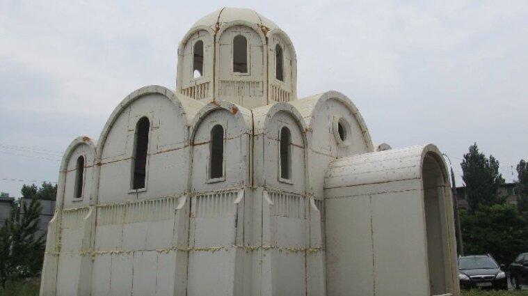 У Херсоні побудували храм з пінопласту за декілька годин - фото