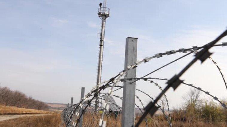 Білорусь обмежила пропуск на кордоні з Україною