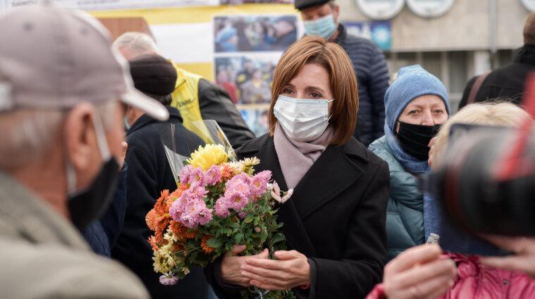Конституційний суд Молдови зупинив дію поправок, які обмежували в правах Санду