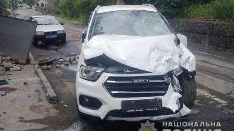В Виннице пьяная водитель сбила на тротуаре 13-летнего мальчика (видео)