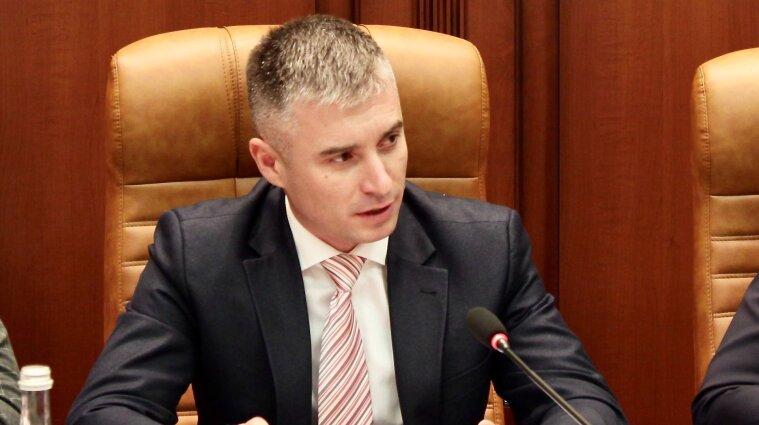 НАЗК закликало президента накласти вето на законопроєкт про е-декларування