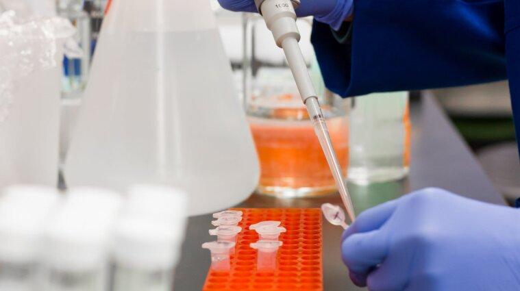 ВООЗ покладає великі надії на вакцину компанії Pfizer