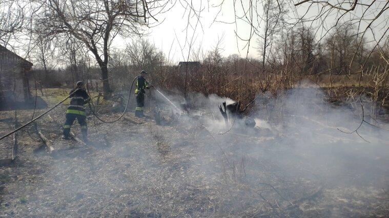 Під час спалювання стерні у Полтавській області живцем згорів чоловік