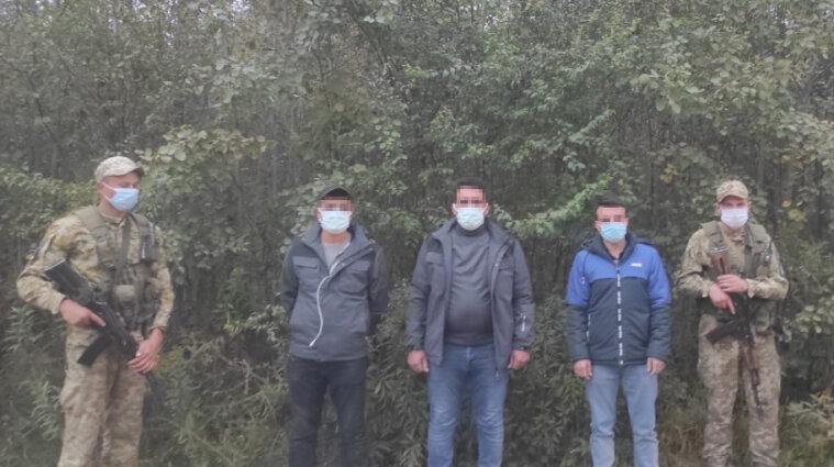 Трех нелегалов из Турции задержали на Львовщине