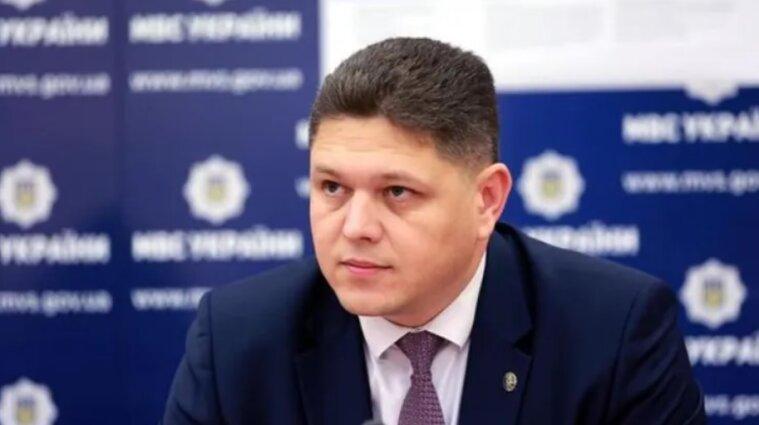 Председателя Государственной миграционной службы Соколюка подозревают в хищении средств