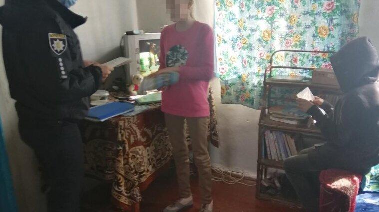 В Житомирской области мать бросила четверых детей и неделю выпивала в соседнем районе