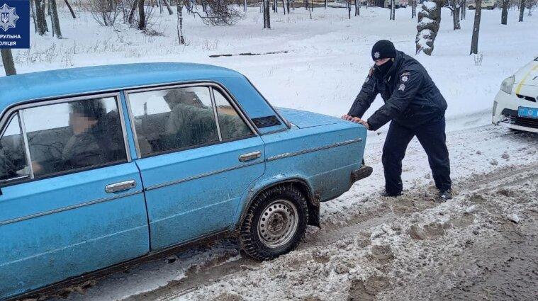 В'їзд транспорту до Києва обмежено через негоду