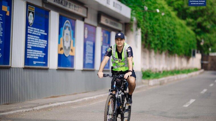 У Харкові почав працювати велопатруль - фото