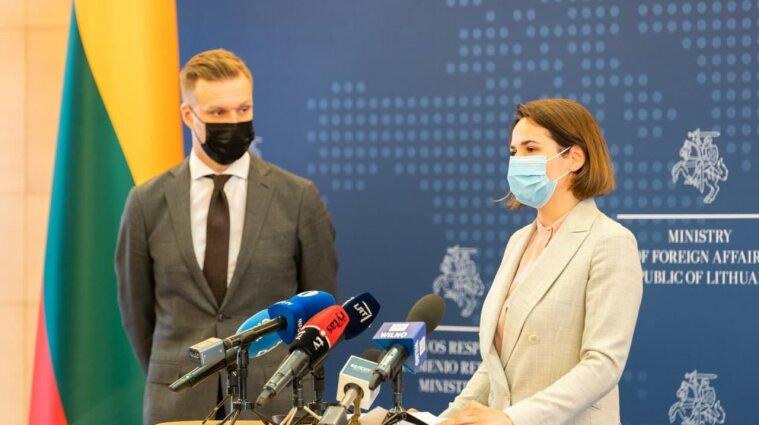 Команда білоруської опозиціонерки Тіхановської отримала дипстатус в Литві