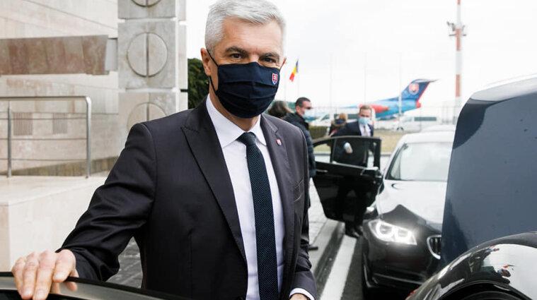 Глава МЗС Словаччини вибачився за жарт прем'єра щодо України