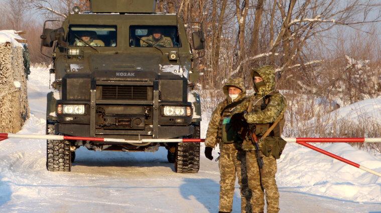 Російські найманці поранили українського воїна біля Старогнатівки