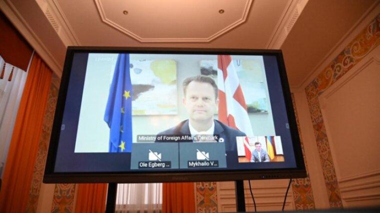 Дания передала Украине полсотни аппаратов ИВЛ