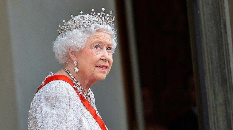 Королева Єлизавета ІІ готує юридичну боротьбу проти принца Гаррі та Меган Маркл