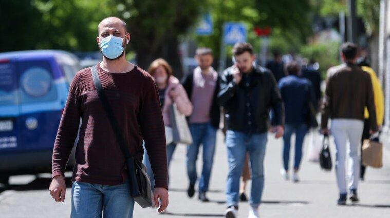 В Украине резко выросло количество больных COVID-19: почти 10 тысяч новых случаев