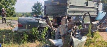 Батько з сином загинули у ДТП на Вінниччині - фото