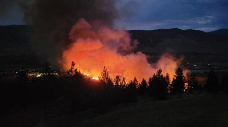 Рекордная жара спровоцировала более 130 лесных пожаров в Канаде