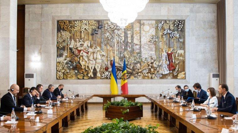 Зеленський у Кишиневі зустрівся з президенткою Молдови: про що говорили