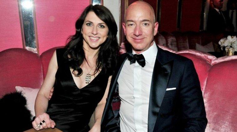 Ексдружина засновника Amazon пожертвувала бідним чотири мільярди доларів