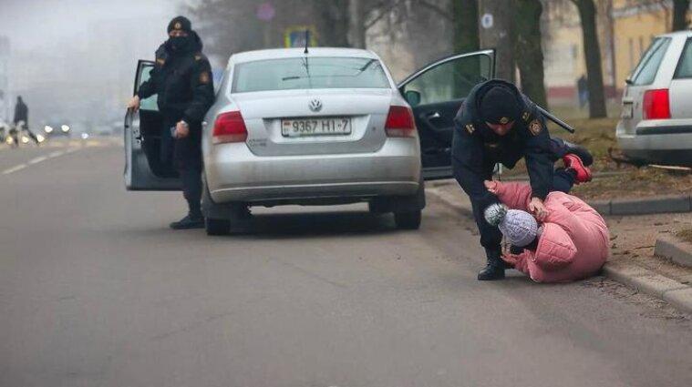 Протести у Білорусі: силовики за добу затримали понад 150 учасників акцій