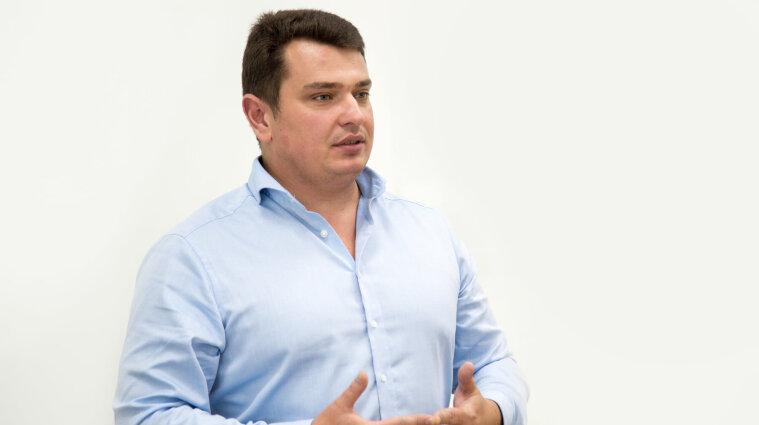 Українські ТОП-корупціонери відмивають гроші у 80 країнах світу