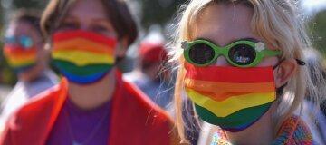 ЛГБТ-прайд в Киеве: первые схватки произошли под Офисом президента (видео)