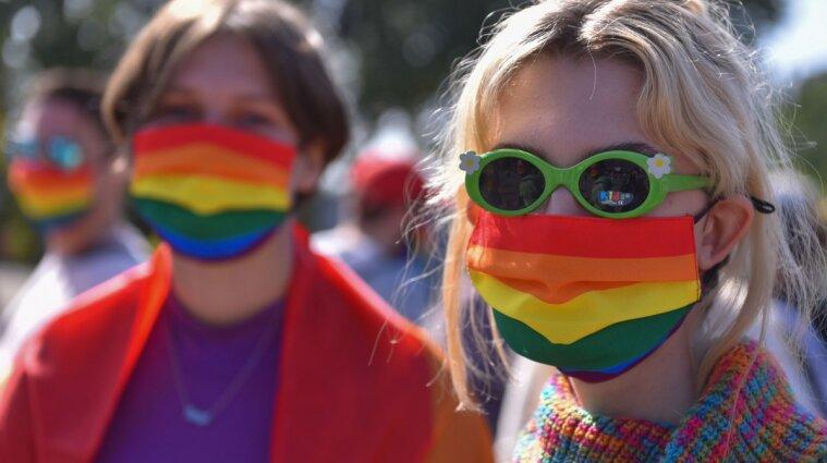 Надо защитить семейные ценности - нардеп рассказал, почему не поддерживает парады ЛГБТ
