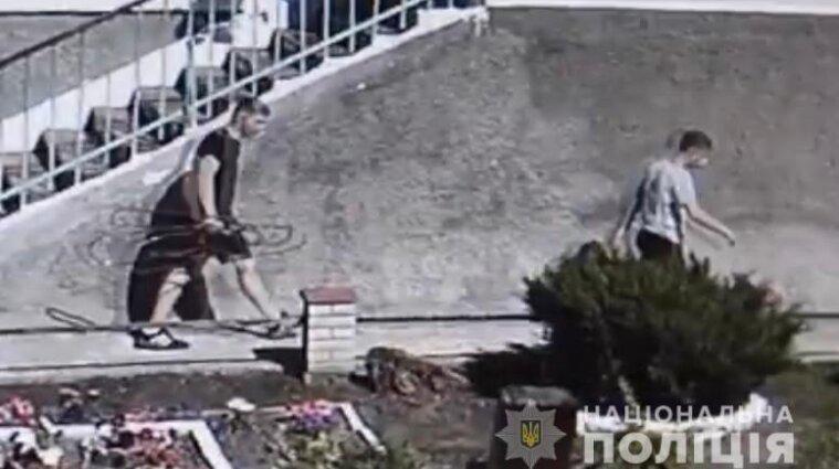 В Жмеринке подростки украли трубу, по которой поступал кислород к аппаратам ИВЛ