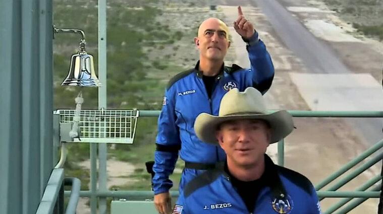 Безос анонсировал новые полеты в космос и показал видео с New Shepard
