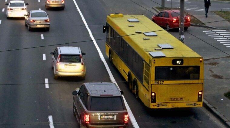 В Киеве на Троещине ограничат движение до ноября