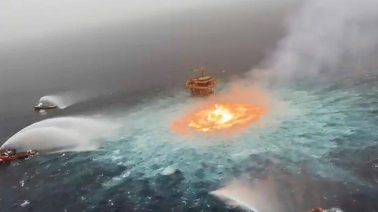 Полум'я з-під води: у Мексиканській затоці загорівся трубопровід з нафтою