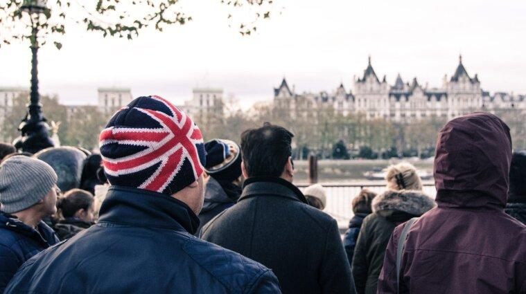 Новый штамм COVID: более 20 стран прекратили сообщение с Великобританией